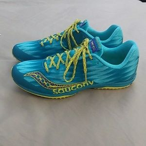 Women's SAUCONY cross-country shoes